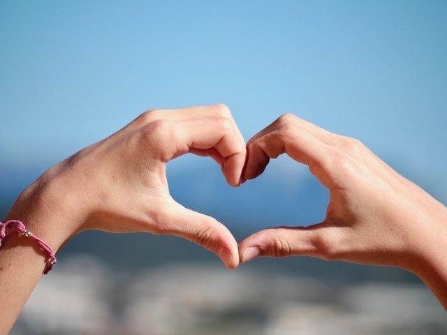 Verplichte registratie in horeca ingezet als manier om te daten